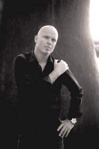 Arne Svingen. Forfatterfoto.