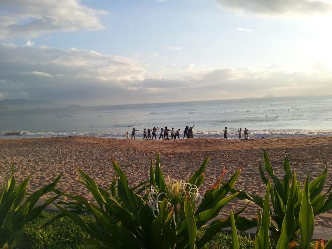 Morgen på stranda i Nha Trang. Foto: Hilde Kat. Eriksen